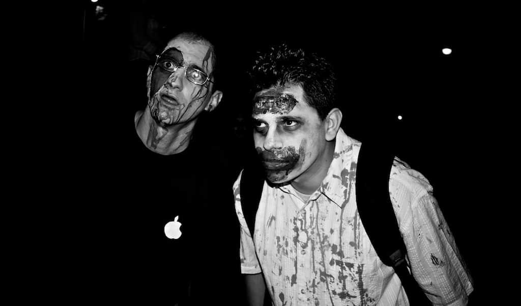 Zombies buscando presas