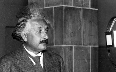 9 Frases de Einstein que no son verdad